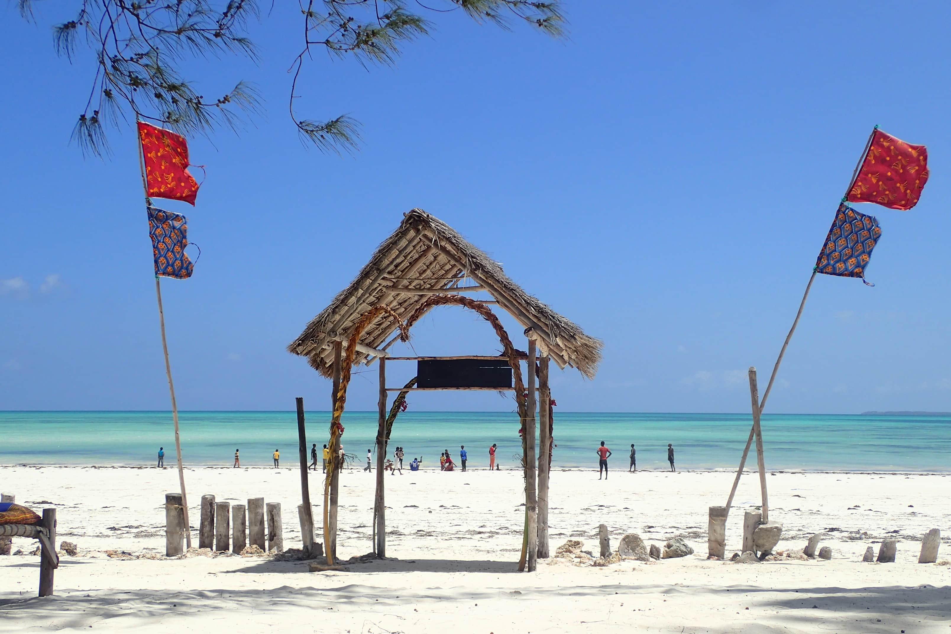 חוף מושלם בזנזיבר למטייל העצמאי