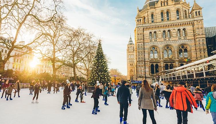 החלקה על הקרח בלונדון - מה לעשות בלונדון בחורף?