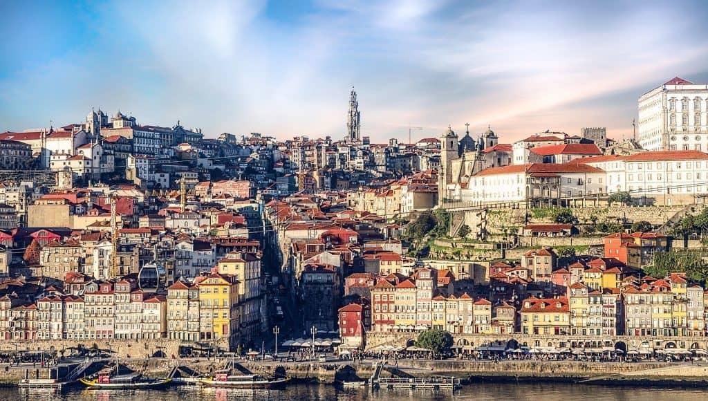 פורטו בפורטוגל ברשימת יעדים זולים באירופה